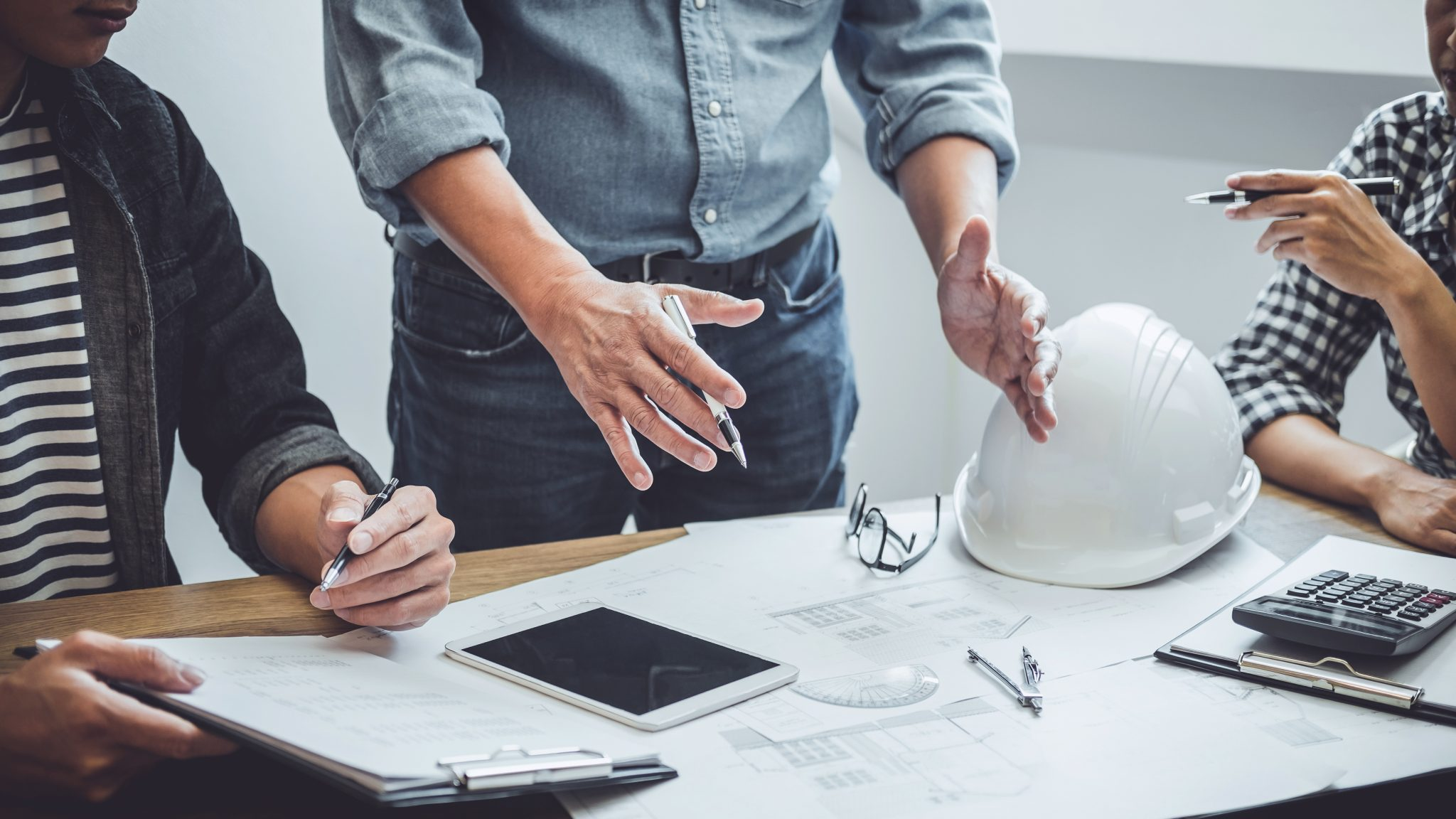 a-importancia-do-planejamento-e-orcamento-dos-acabamentos-eletricos-para-sua-obra